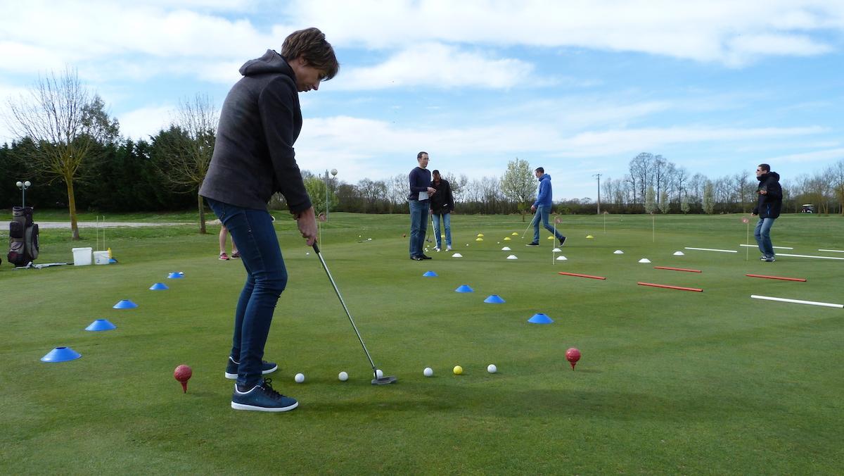 team building golf entreprise